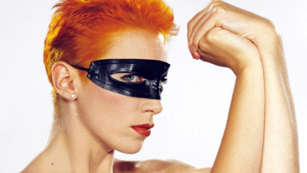 Annie-Lennox-Londnr-Artist-of-the-Month